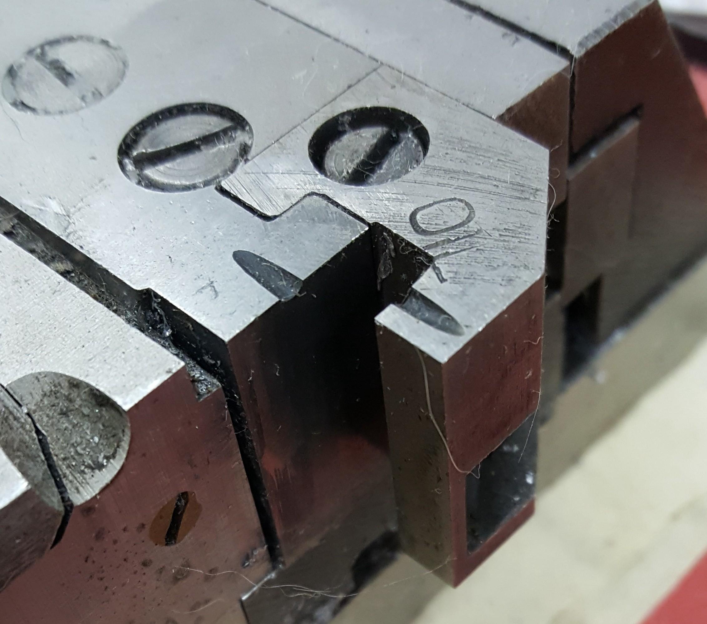 The standard mould coupling hook